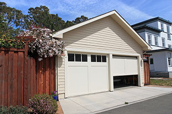 SOS Garage Doors Portland, OR 503-462-7692